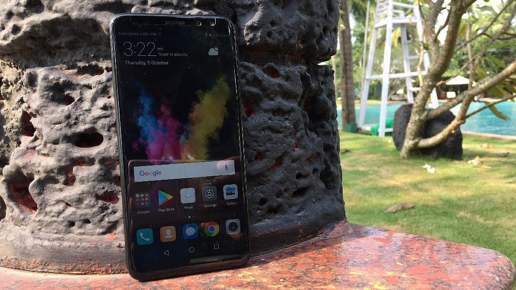 The Honor 9i comes with dual front camera