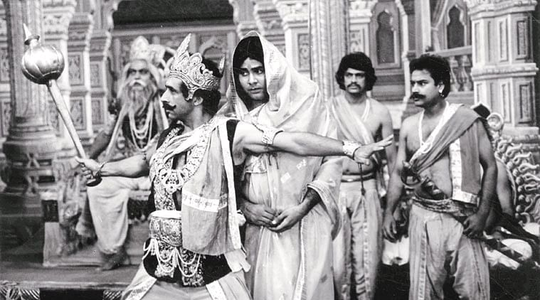 Naseeruddin Shah and Satish Shah give their best to the Mahabharat scene from JBDY.
