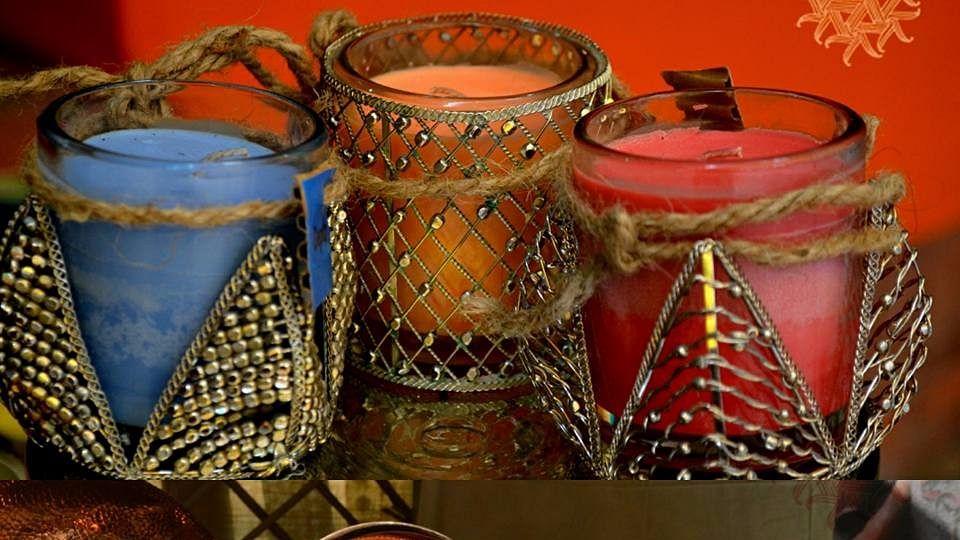"""Dastkar Festival of Lights. (Photo Courtesy: Facebook/<a href=""""http://bit.ly/2kpUNF4"""">Dastkar</a>)"""