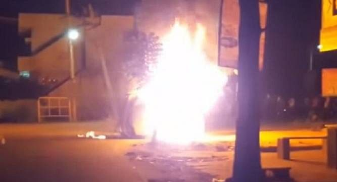 Even though they had nothing to do with the accident, three African students were attacked by a mob in Bengaluru. (Photo: <b>The Quint</b>)
