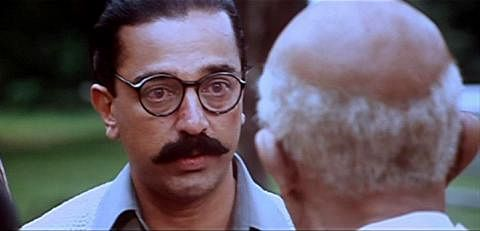 Kamal Haasan as Saket Ram comes face to face with Gandhi in <i>Hey! Ram.</i>