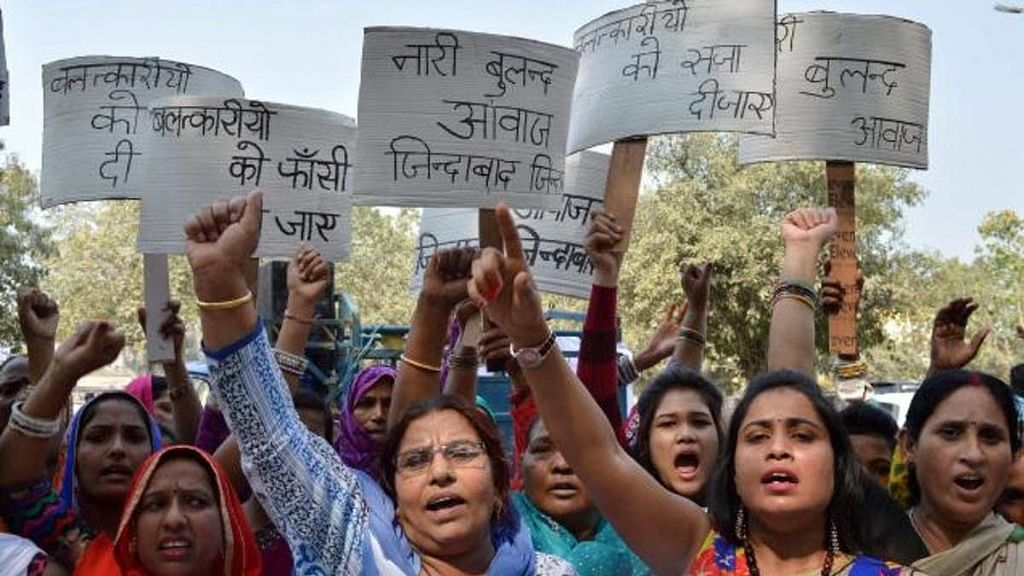 Women protest in Gurgaon against reports of gang rape incidents in Murthal. <b><br></b>