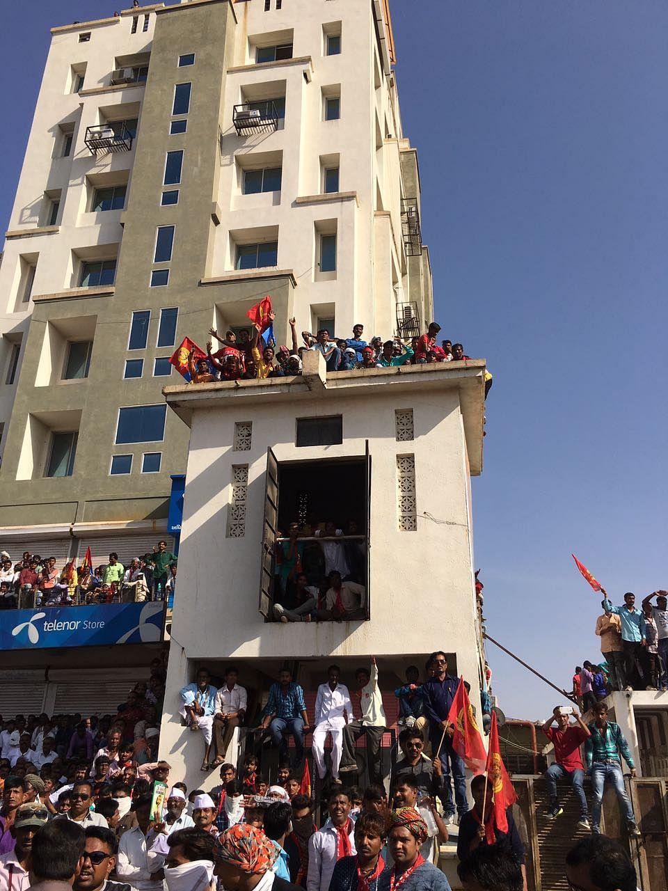Visuals from Gandhinagar where Rahul Gandhi is addressing a rally.