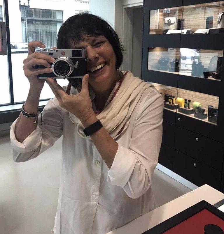 Sooni Taraporevala clicks an old school selfie.