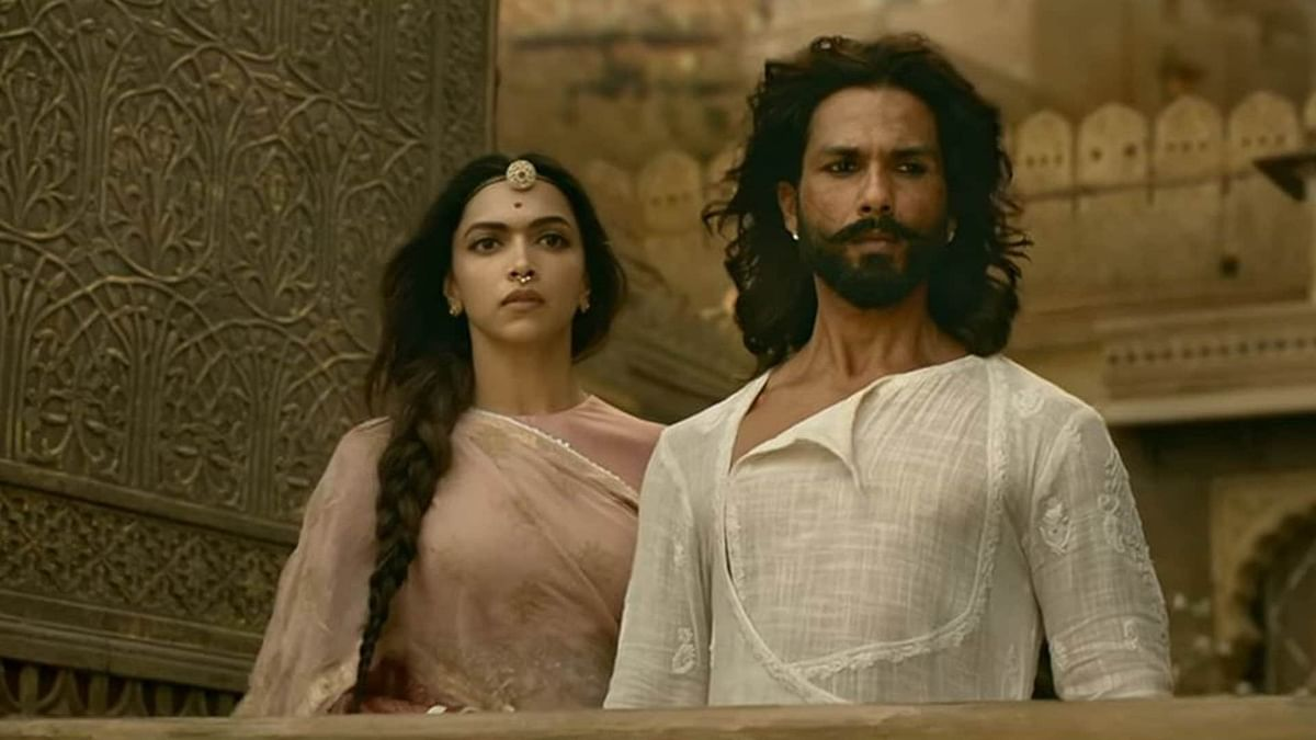 Shahid Kapoor and Deepika Padukone in a scene from <i>Padmavat.</i>