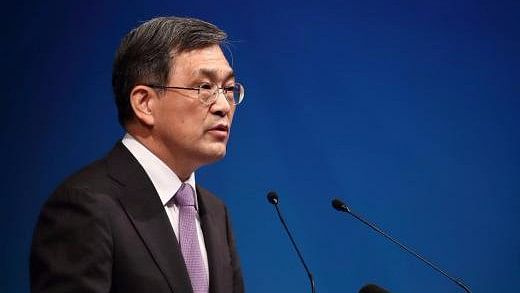Samsung Electronics CEO and Vice Chairman Kwon Oh-hyun plans to step down