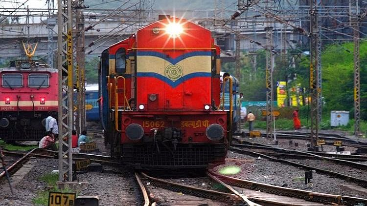 Foreign Tourist Jumps off Train in Rajasthan, Loses Life