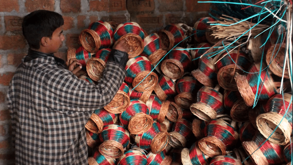For decades Kashmiris have used the traditional fire-pot called Kangri, for keeping themselves warm during winters.