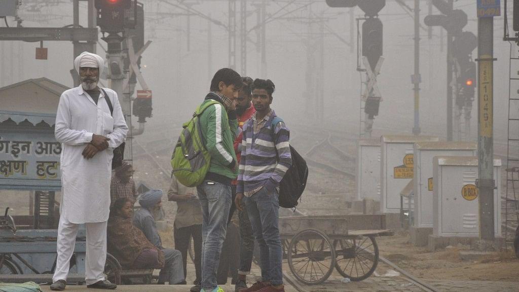 Foggy day in Amritsar on 7 November 2017.