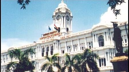 NGO Arappor Iyakkam alleges that corrupt contractors hired by Chennai Corporation have swindled taxpayers' money under the pretext of re-laying roads.