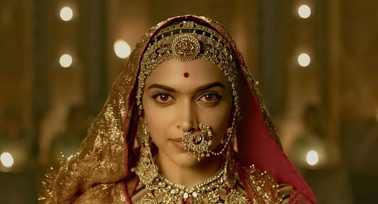 The Kannada film industry have lent their support to Deepika Padukone over the Padmavati controversy.