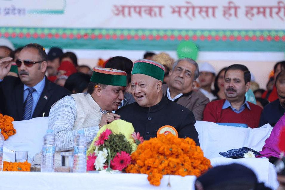 Rajinder Rana with Virbhadra Singh.