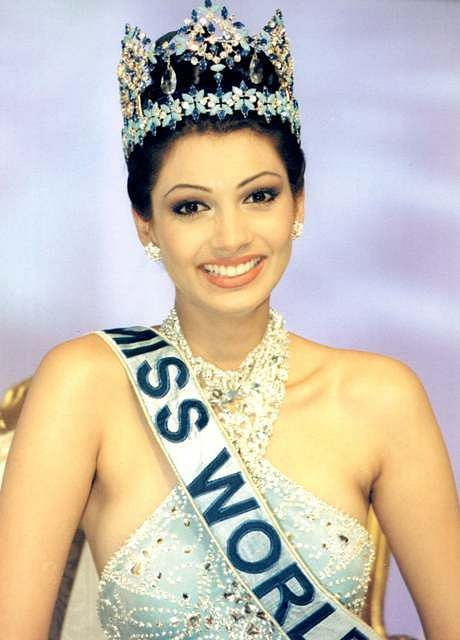 Yukta Mookhey beat 93 delegates from across the world to be crowned Miss World in 1999.