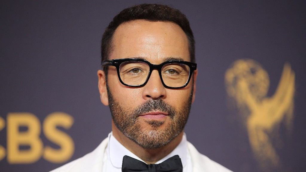 Jeremy Piven accused of sexual harassment.