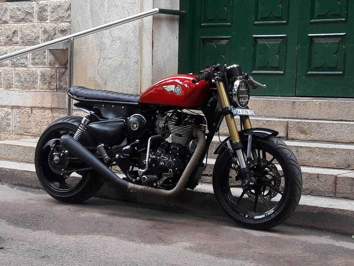 Royal Enfield Classic 350 customised with chrome finish