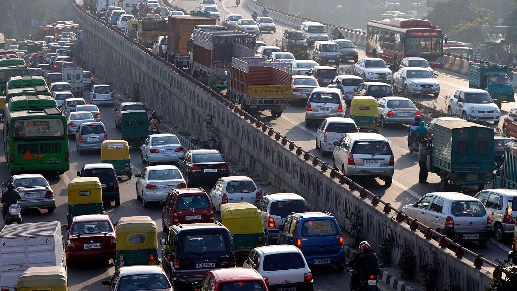 Delhiites Charged Big Fines as Motor Vehicles Act Comes Into Force