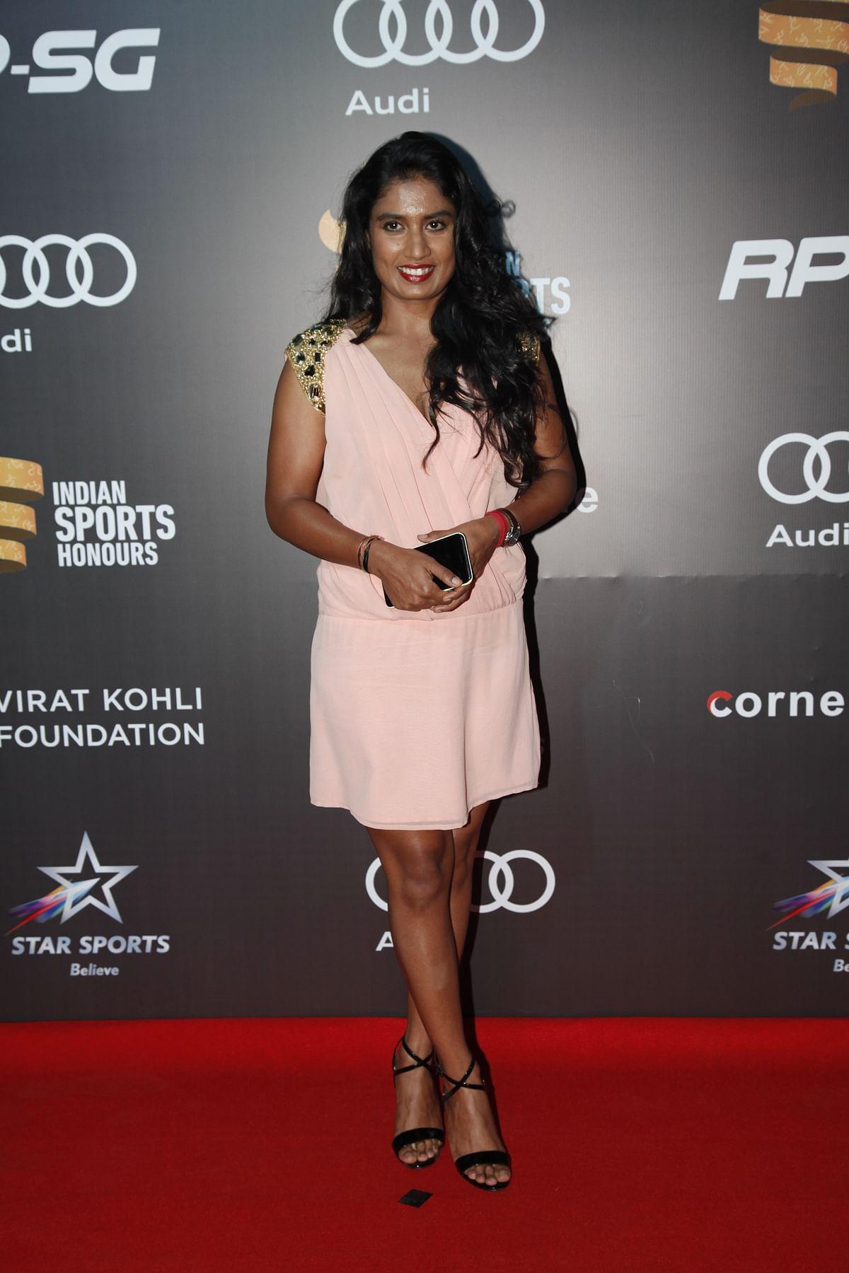 In Pics: Virat, Anushka Fire up Indian Sports Honours Red Carpet