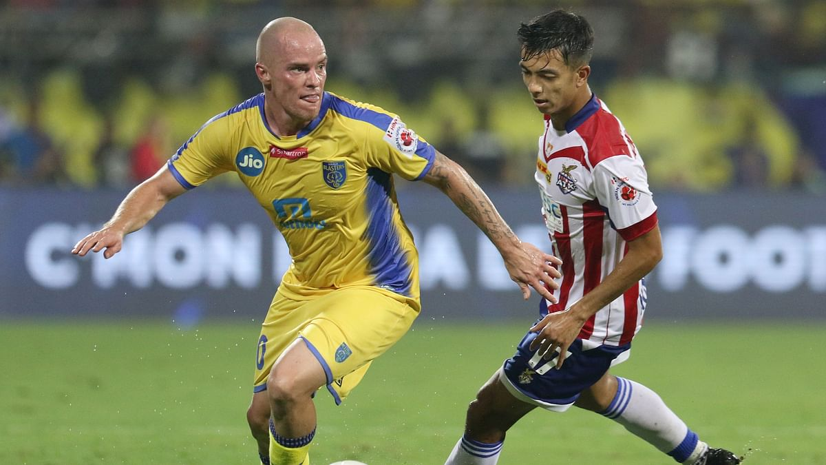 Kerala Blasters FC's Iain Hume in action.
