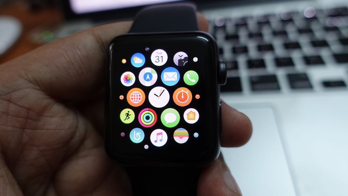Apple Watch Series 3 runs on Watch OS version 4.0