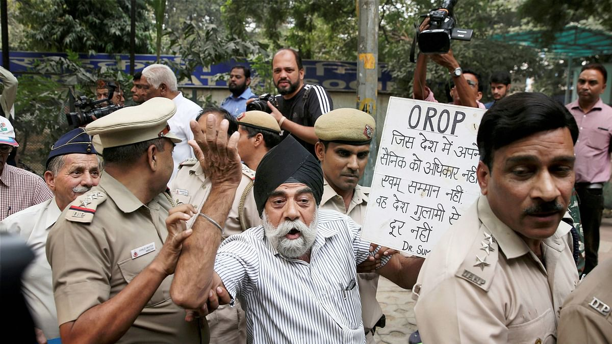 Police Action Against Veterans Shows Growing Civil-Military Rift