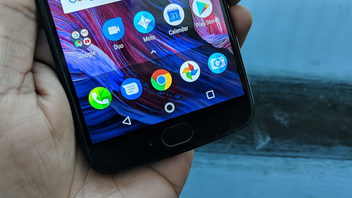 This Moto phone comes with a fingerprint scanner.