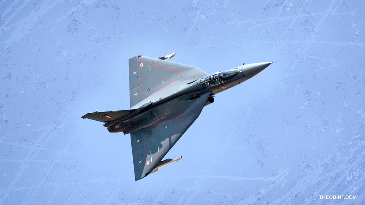 Short of Firefighters, IAF Commits to 324 Tejas Jets: Report