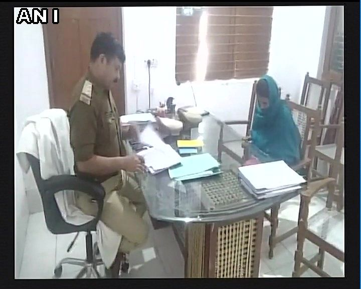 A UP-based police constable allegedly threw acid on his wife, who is also a constable.