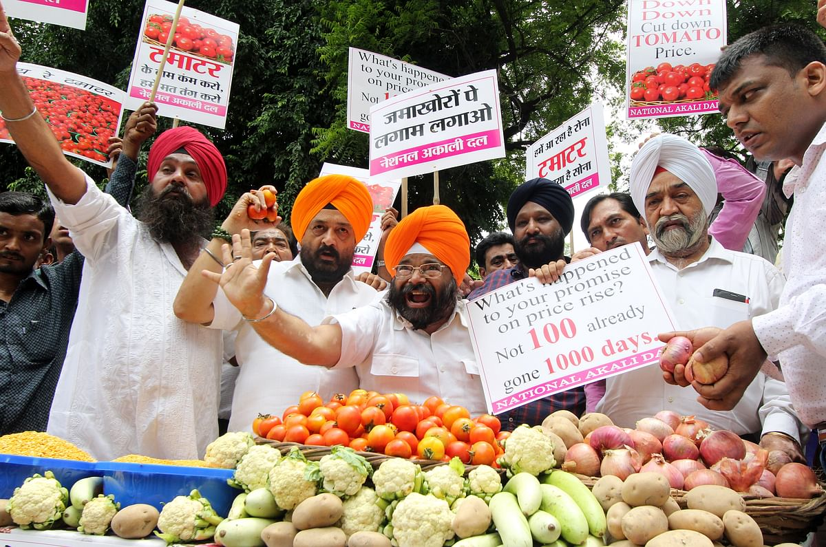 Paramjit Singh Pamma protests against price rise.