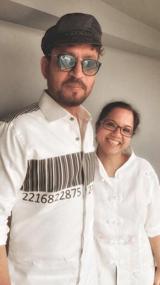 Tanuja Chandra and Irrfan Khan twinning on the sets of <i>Qarib Qarib Singlle.</i>