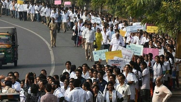 Doctors protest in Karnataka
