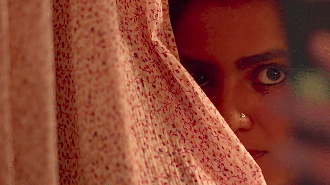 Jaya (Parvathy) dissembles the pangs of her lonely heart in <i>Qarib Qarib Singlle.</i>