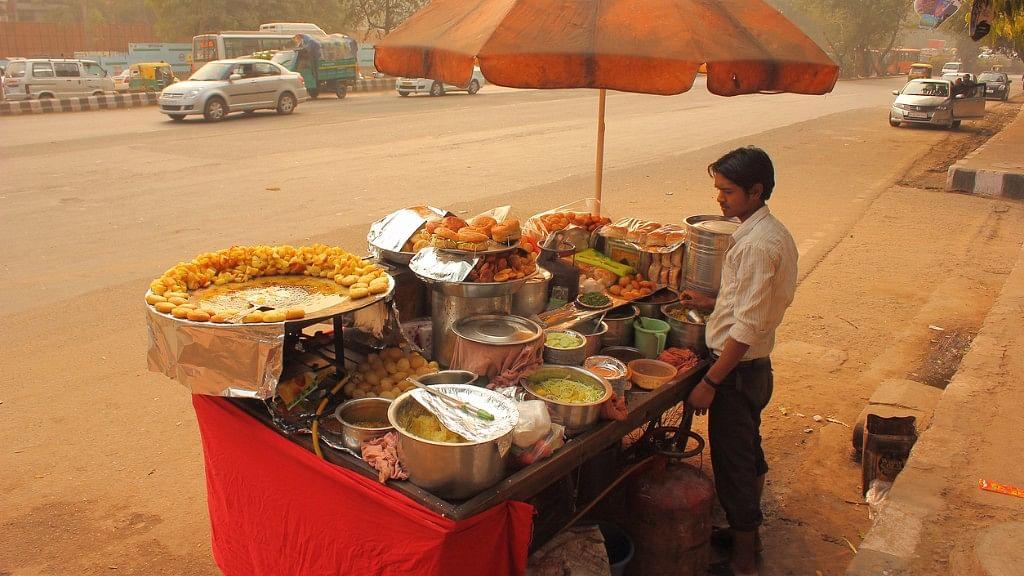 Image of a street vendor in Mumbai.