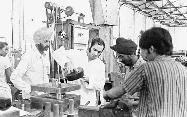 Sanjay working on the Maruti prototype at his Delhi workshop.