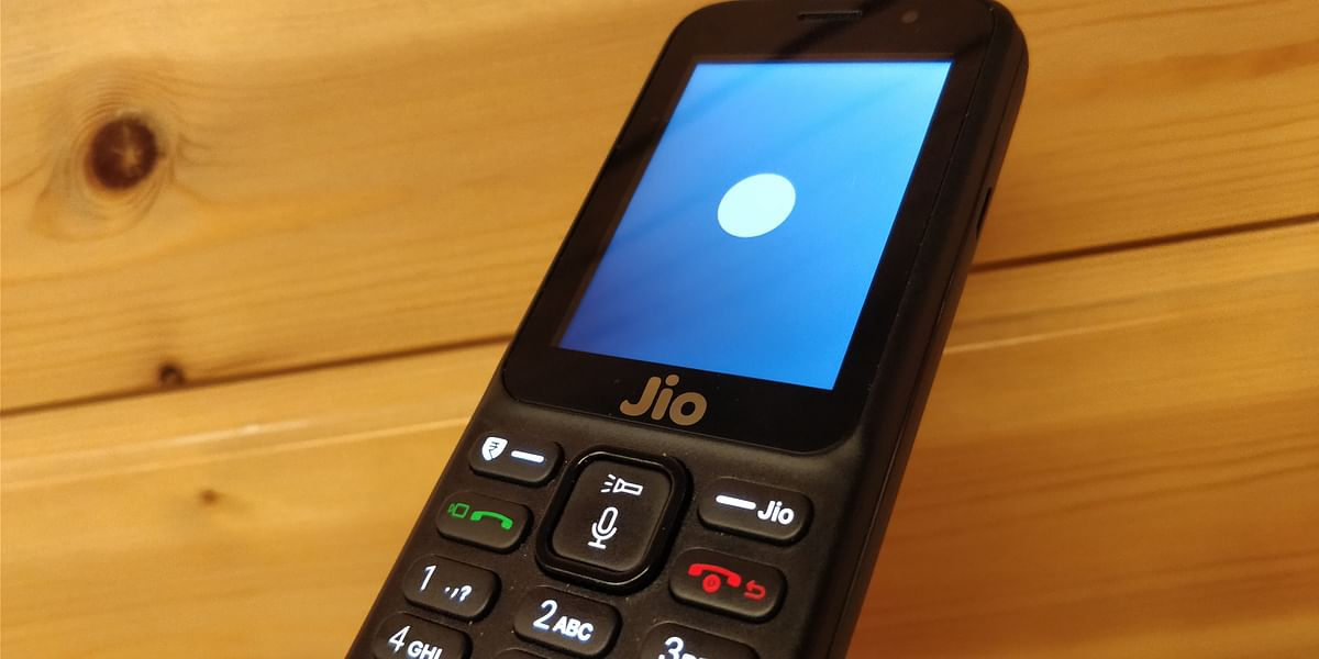 Jio Voice will get company from Google Assistant on JioPhone very soon.