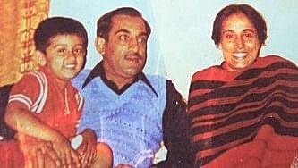 Childhood photograph of Vijyant Thapar with his parents. This is Colonel Thapar's favourite photograph with his son.