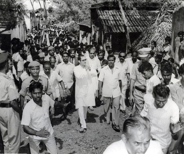 Sanjay Gandhi inspecting slums during the Emergency.