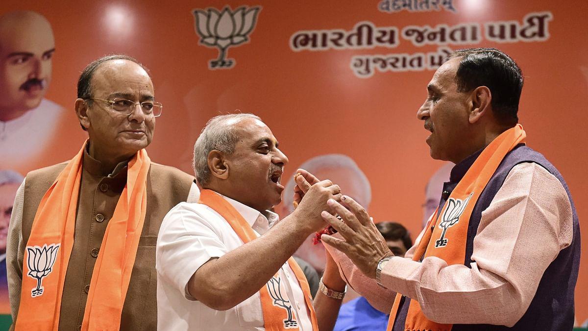 Vijay Rupani to Continue as Guj CM, Promises 'Vikas' to Gujaratis