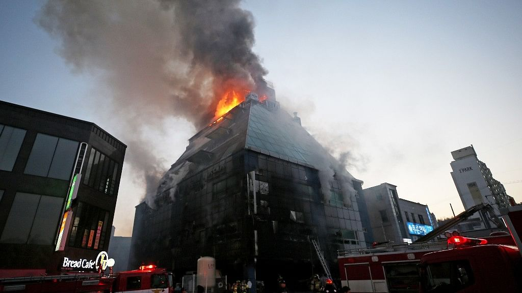 <p>It reportedly took only seven minutes for the entire building to be engulfed in smoke and flames.</p>