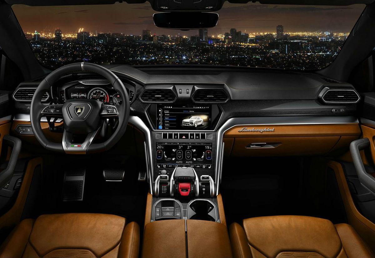 Plush interiors of the Lamborghini Urus, combined with the latest technology.