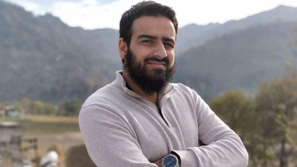 #GoodNews: Terror Victim in Kashmir Tops State Civil Service Exam