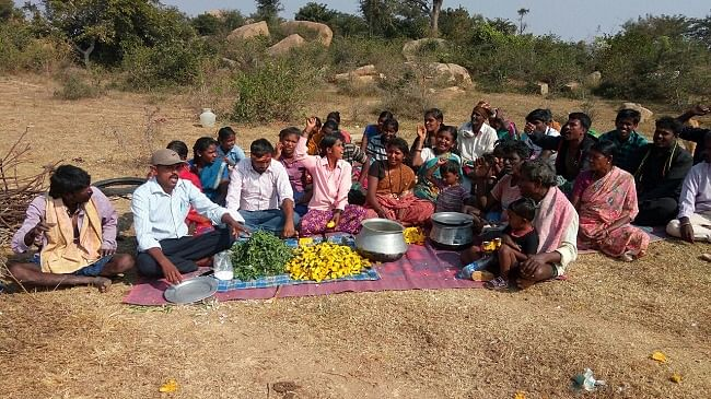 No Aadhaar, No Rations: Dalits Eat Raw Vegetables in Protest