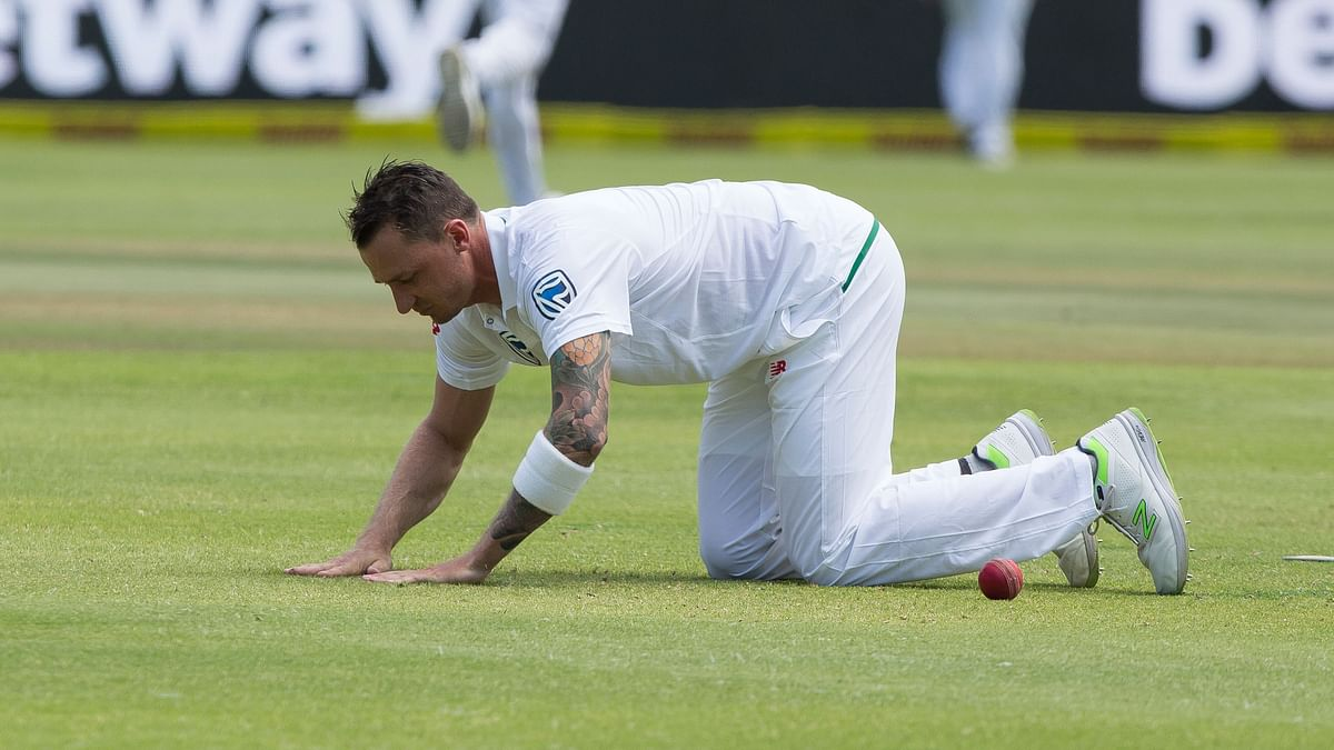 Dale Steyn got injured during the Cape Town test against India.