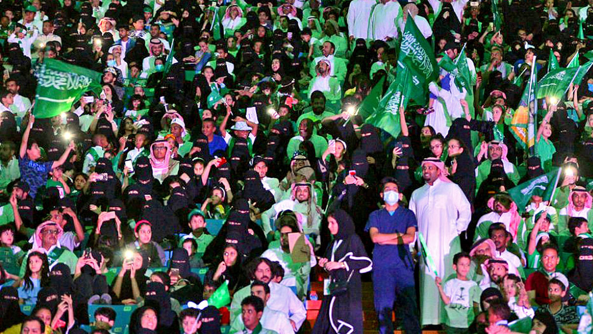 In a First, Saudi Stadiums Welcome Women to Watch Soccer