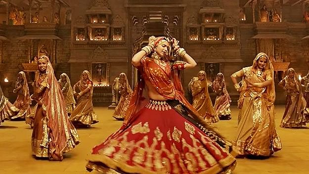 Deepika Padukone in a still from the song, <i>Ghoomar</i> from <i>Padmavat.&nbsp;</i>