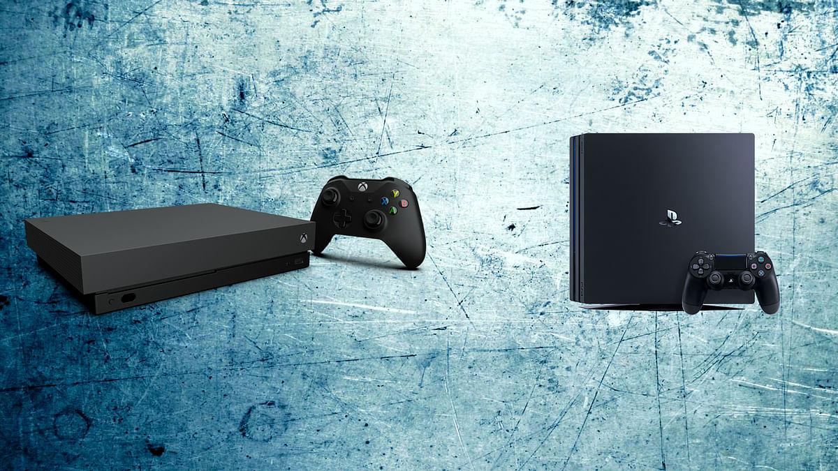 Xbox One X (left) Vs PS4 Pro