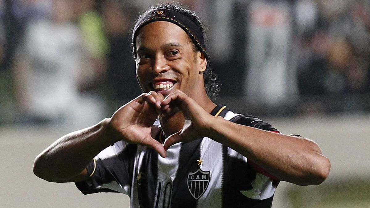 Ronaldinho and his brother were jailed exactly a month ago on charges of using false passports to enter Paraguay.