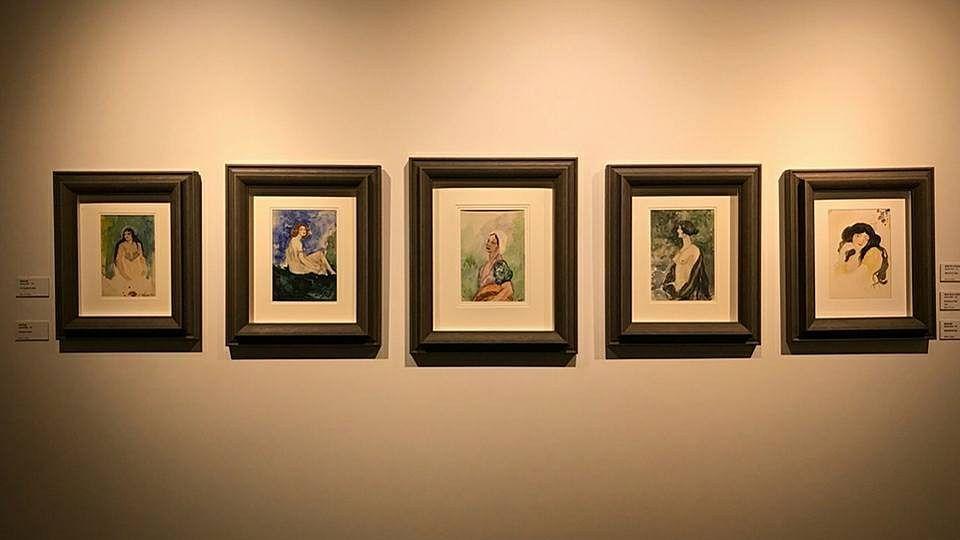 Amrita's paintings of Budapest women.