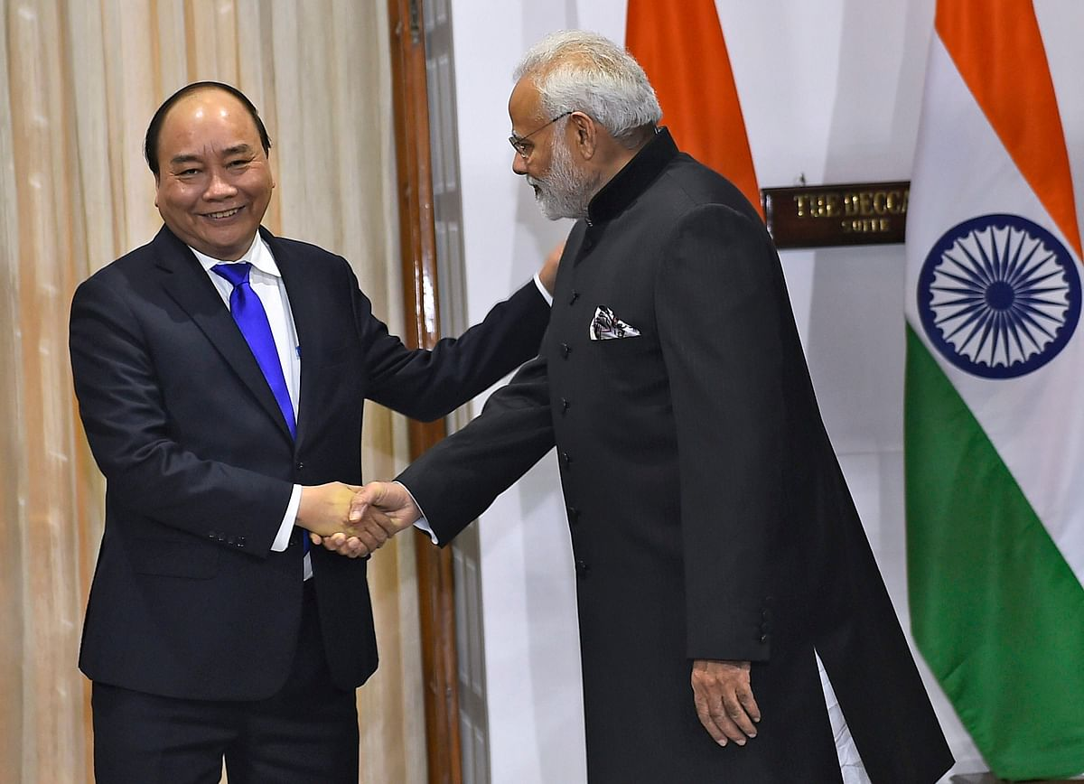 Prime Minister Narendra Modi with Nguyen Xuan Phuc on Wednesday.