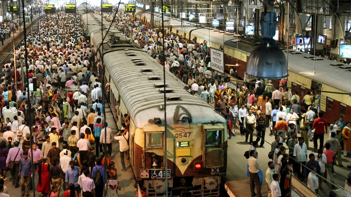 Overcrowded Mumbai Locals Have Claimed 64 Lives in 2018 Already