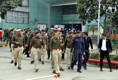 """Gurugram: Security beefed at a Gurugram shopping mall in the wake of protests against release of upcoming film """"Padmaavat"""", on Jan 24, 2018. (Photo: IANS)"""